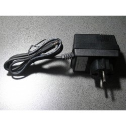 POWER SUPPLY 9V DC